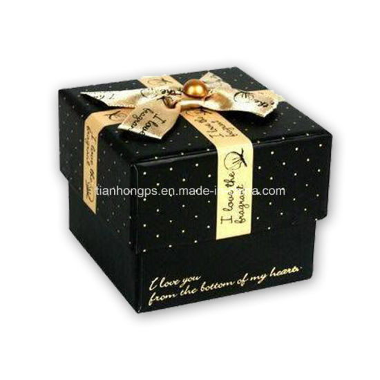 Cardbord Gift Packaging Box Printing with Silk Knot